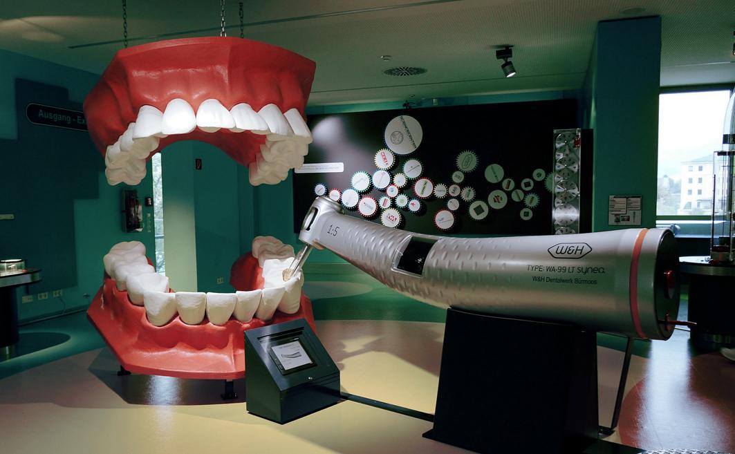 Лазерное отбеливание зубов.